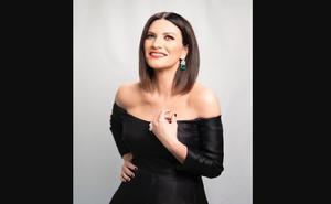 Laura Pausini deslumbra en los premios Oscar 2021 junto a mexicana