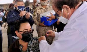 COVID-19: 214 mil 947 las defunciones por coronavirus en México
