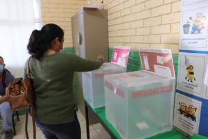 Capacitan a fiscalía  en materia electoral