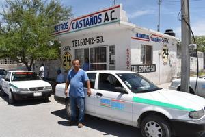 Aumento de 5 'pesitos' a la tarifa, piden taxistas en Castaños