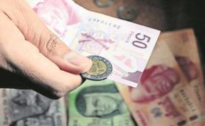 Retrocede economía 0.3% en febrero