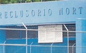 Morena pide hasta 8 años de condena a reos que extorsionen
