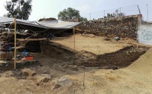 Hallan restos de basamento piramidal en Tlalmanalco