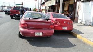 Por ir con el celular provoca percance en Monclova