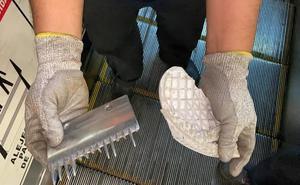 Escalera del Metro se descompone 3 horas por suela de zapato