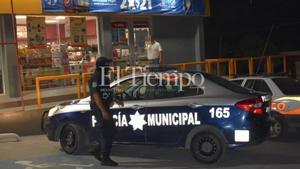 Con cuchillo en mano, intenta asaltar tienda de conveniencia en Monclova