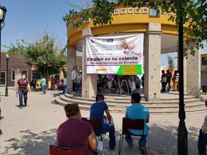 Ofrecen más de 600 vacantes en feria del empleo en Monclova