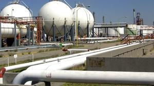 Petróleo mexicano sube a 62.57 dólares; es su mayor precio en mes y medio