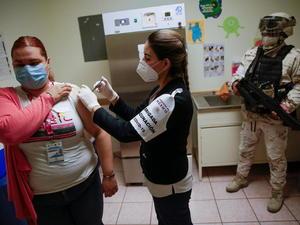 AMLO: 'A mediados de año, 50 millones de mexicanos estarán vacunados'