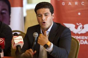 INE ordena retiro de spot de Samuel García que acusa compra de votos