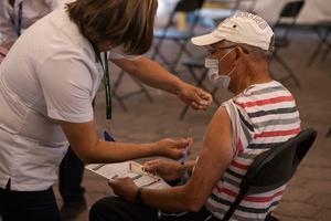 Inmunizados, casi todos los adultos mayores en Querétaro