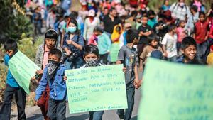Marchan menores contra  violencia en Guerrero