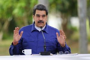 El presidente venezolano designa nuevos ministros de Educación y Trabajo