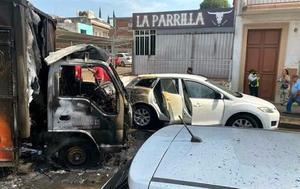 Queman vehículos y descuartizan a cinco en disturbios en Michoacán