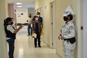 Reacción de enfermera de Monclova a la vacuna fue por alergia