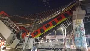 VIDEO: Colapsa Línea 12 del Metro con todo y vagones; reportan 6 muertos y 80 lesionados