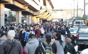 Traslada RTP a usuarios de la Línea 12 del Metro tras accidente