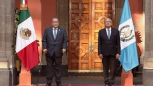 AMLO: Recibe al presidente de Guatemala en Palacio Nacional