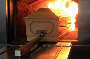 Frenan vecinos obra de un crematorio humano en Nadadores