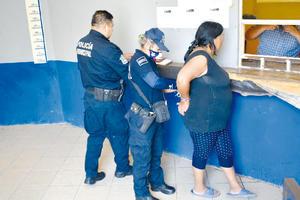 Con navaja amenazaba a transeúntes en la Hidalgo