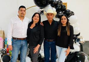 Lupita Sosa celebra un año más de vida