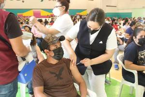 Llevaría SSA centros de vacunación hasta las empresas de Monclova