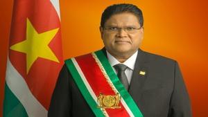 Surinam anuncia un nuevo confinamiento por repunte casos por la covid-19