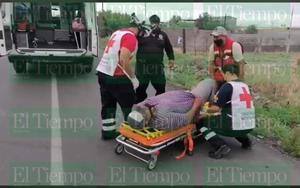 Taxista resulta lesionado en choque en Castaños
