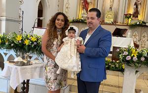 Danna Isabela es bautizada