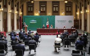 AMLO: Llama a gobernadores a respetar el Acuerdo por la Democracia