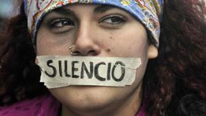 Costa Rica coopera con Paraguay para política contra violencia hacia mujeres