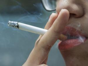 Mueren 165 mexicanos al día por tabaquismo