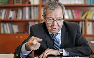 La precaria paz de México 'se desmorona', advierte Muñoz Ledo