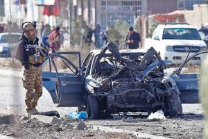 Doble atentado contra microbuses deja 12 civiles muertos en Kabul