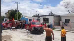 Se incendia casa en la San Miguel de Monclova