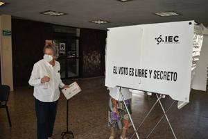 Sólo 20 ciudadanos por fila podrán votar