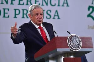 AMLO: 'Embajada de EU en México está repartiendo 'maíz con gorgojo''