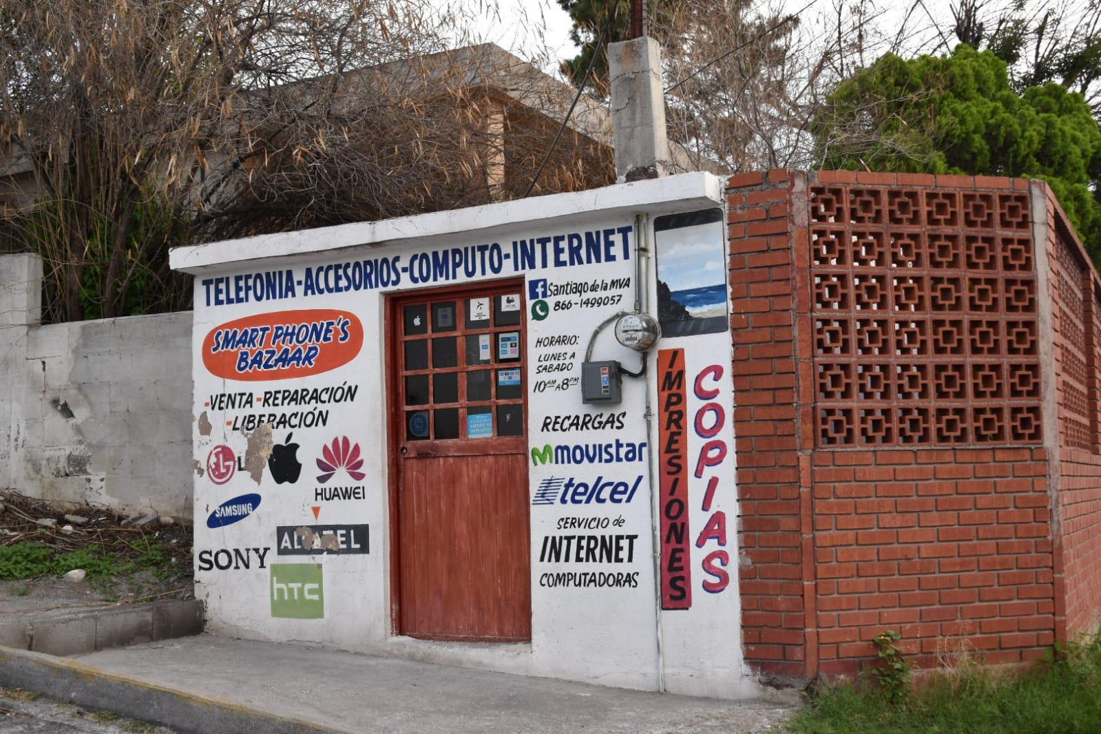Vacían local de celulares en Monclova