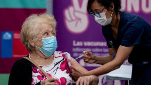 AMLO: Cifra récord, se vacunaron más de un millón de personas