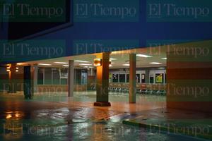 Se desploma techo de centro comercial en Monclova