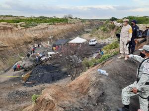 Continúan acciones para rescatar a los 7 mineros atrapados en Múzquiz