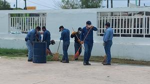 Limpian 29 escuelas que utilizaráncomo casillas