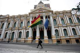 El Gobierno boliviano dice que autoridades locales tienen recursos para COVID-19