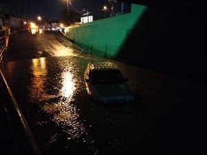 Se inunda el paso a desnivel; fallan las bombas del desagüe en Frontera