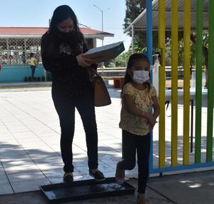 Sin quejas, cumplen alumnos con sus tareas en San Buenaventura