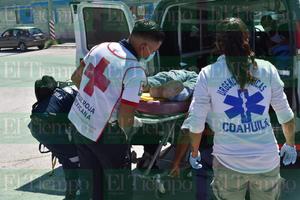 Cae de su motocicleta en Las Torres en Monclova