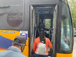 Analizan si reanudan el  transporte colectivo
