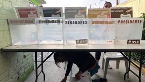 Reportan retrasos en apertura de casillas electorales de ÁO