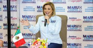 María Eugenia Campos vota en Chihuahua
