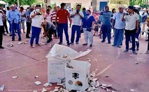 Queman casillas en Reforma de Pineda y Tehuantepec